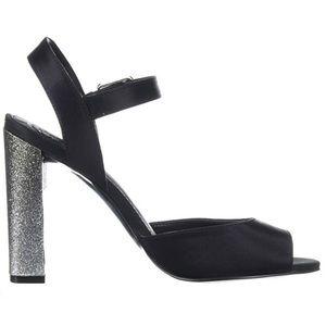 new Guess ☀︎︎ Glitter Heel Ankle Wrap Sandal ☀︎︎